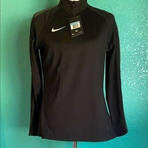 M womens activewear new dri-fit long sleeve active